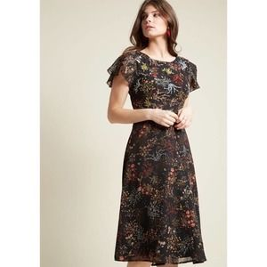 Modcloth Embellished To Perfection Floral Dress M